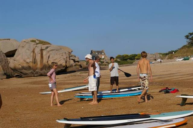 stand up paddle sur la plage du coz porz