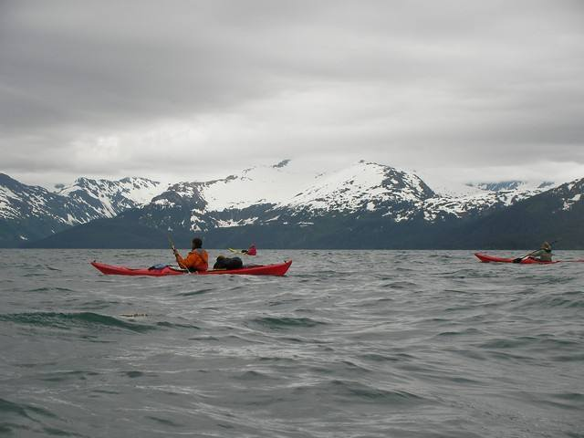 kayak de mer dans le golfe de Prince William Sound. Alaska